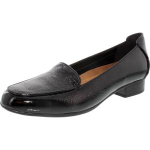Clarks Women's Keesha Luca Ankle-High Leather Flat Shoe