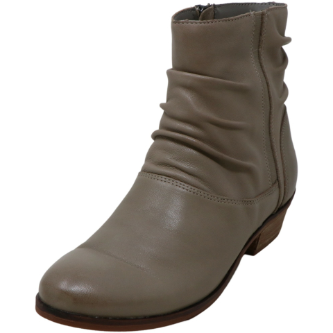 Soft Walk Women's Rochelle High-Top Leather Boot