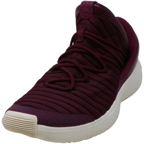 Nike Men's 919715 Mid-Top Fabric Basketball