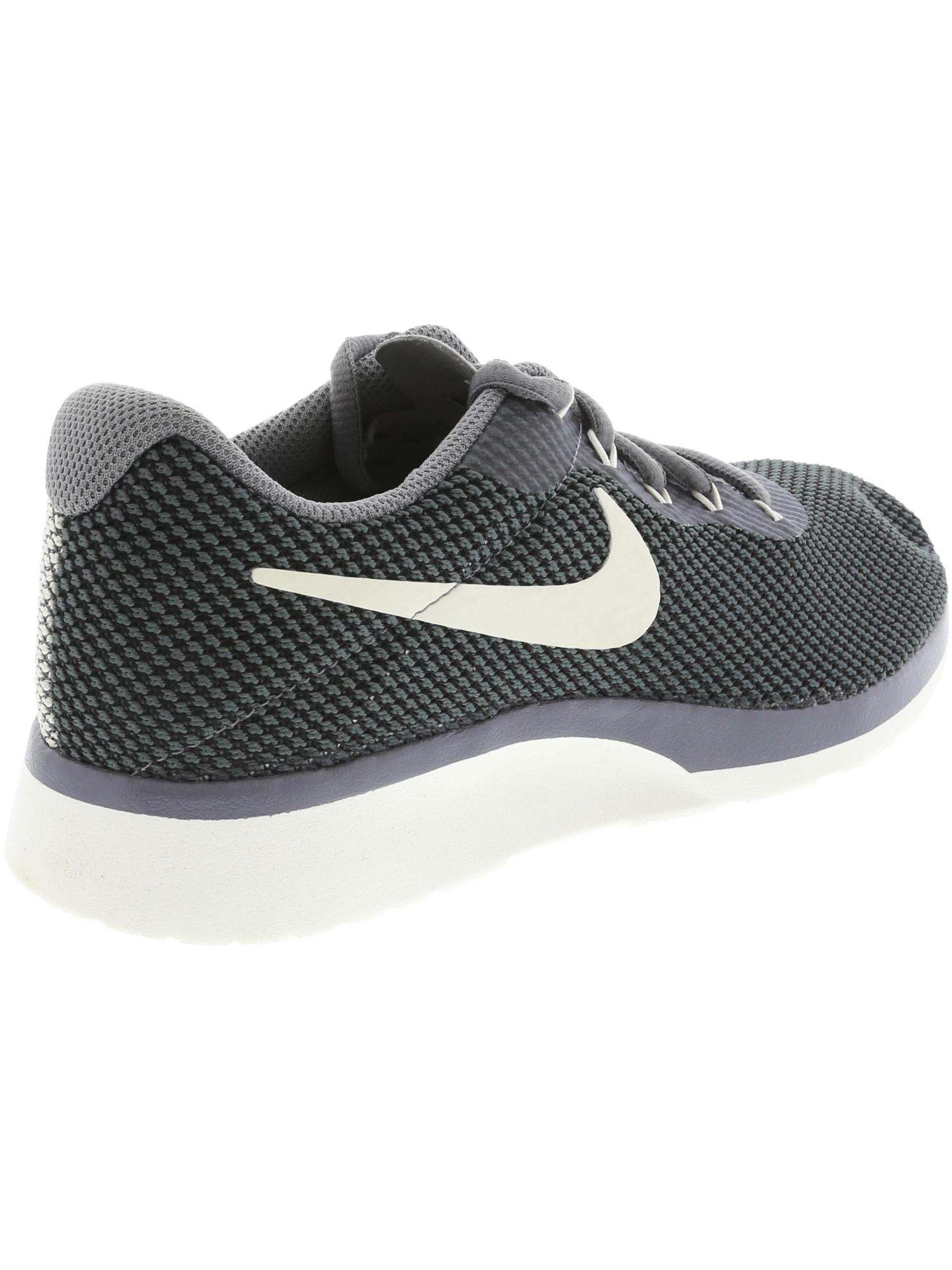 9f24b6850c9c Nike Women s Tanjun Racer Ankle-High Running Shoe