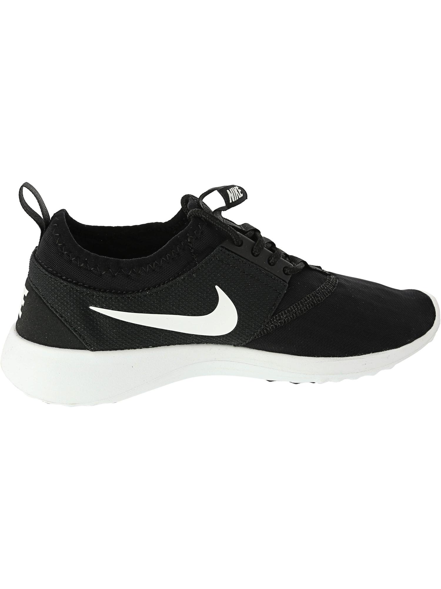 Nike Juvenate Running Shoe